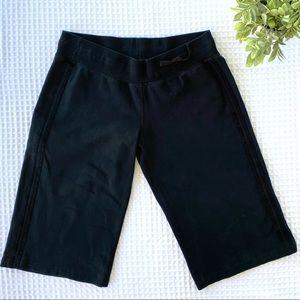 lululemon Black Relaxed Yoga Crop Pant Size 12